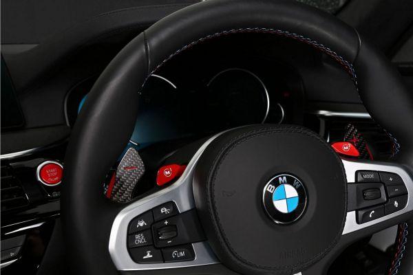 3DDesign Carbon Schaltwippen für BMW GXX Fahrzeuge und F90 M5 silber Indikator